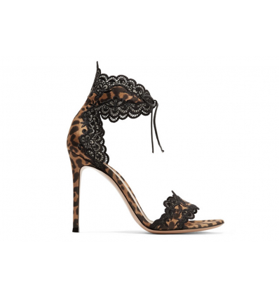 Gianvito Rossi lace leo sandals -  300SS19